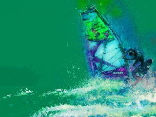 Windsurfer aan de kust